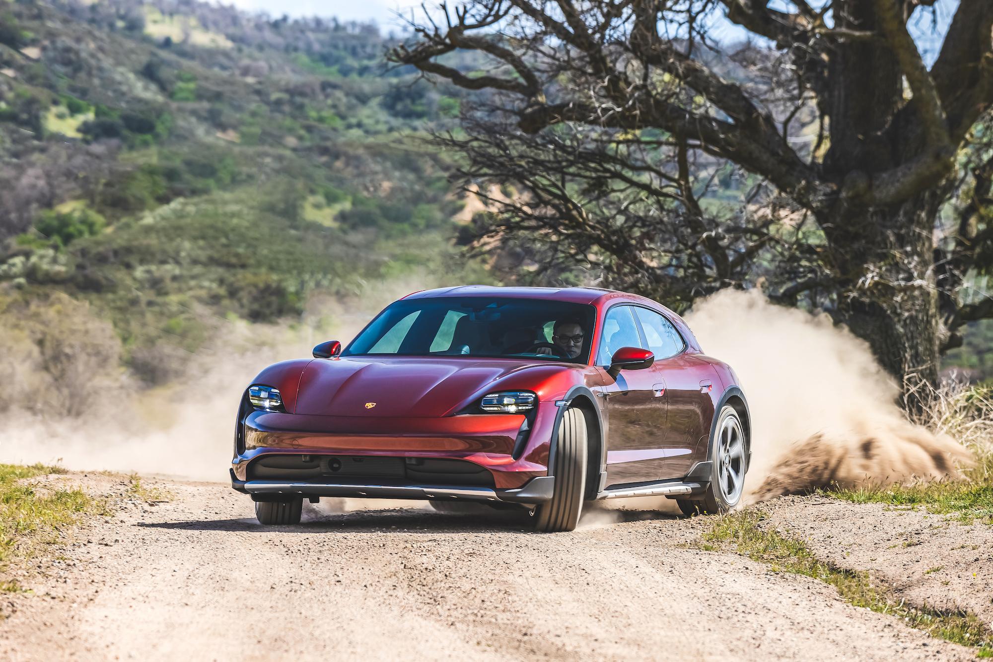 Porsche Taycan 4 Cross Turismo